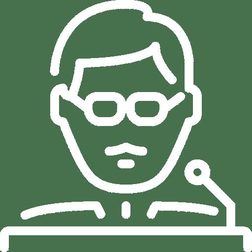 visage-lunettes-micro-blanc