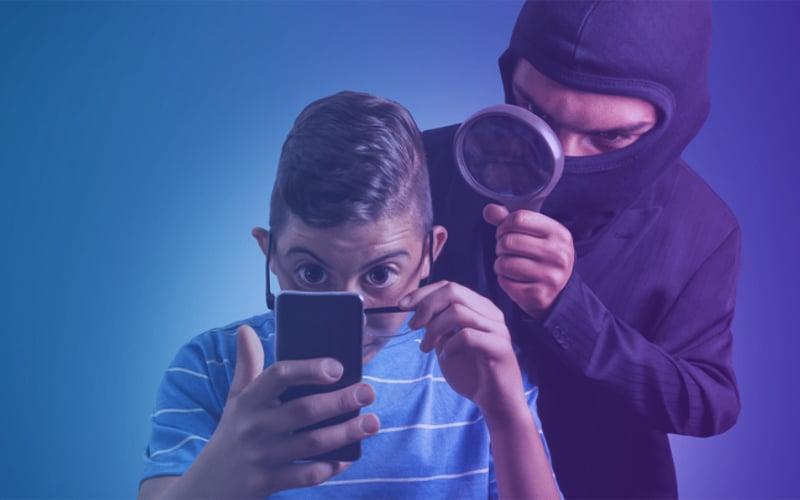 espion-téléphone-social-engineering